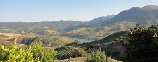 Vistas de la Sierra y Embalse El Gastor